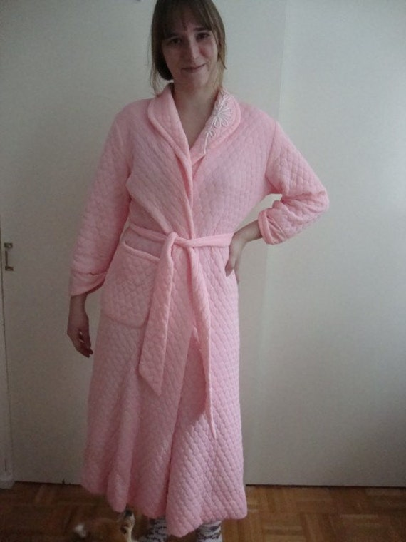 Classic Quilted Pink Nylon Robe, Size Small/Medium