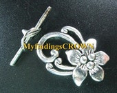1 Tibetan Silver toggle set 30mm X 20mm ... Tibetan Silver flower toggle clasps ... toggle and bar ... destash sale