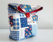 Handmade Pouch Blue Floral Patchwork / cosmetic or travel case / lunch bag / snack bag / folded clutch / mothers day gift