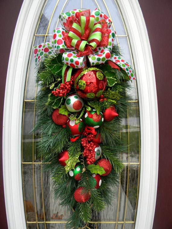 Teardrop Vertical Door Swag Wreath Decor Polka Dot
