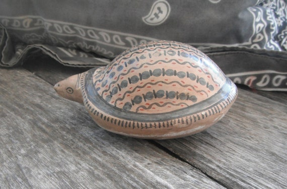 Vintage South American Native American Turtle - Art Pottery