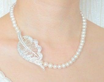 Foliage - Freshwater Pearl and Rhinestone Necklace
