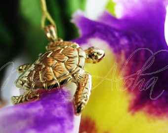 26mm Honu- Hawaiian SeaTurtle Pendant-14k Gold