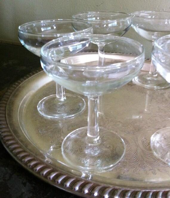 Coupe Glasses - 6 Classic Champagne