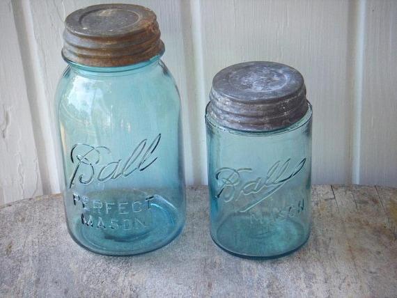 quart and pint size blue ball mason jars with zinc lids. Black Bedroom Furniture Sets. Home Design Ideas