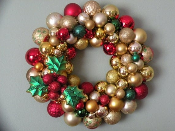 GOLD and HOLLY CHRISTMAS Ornament Wreath