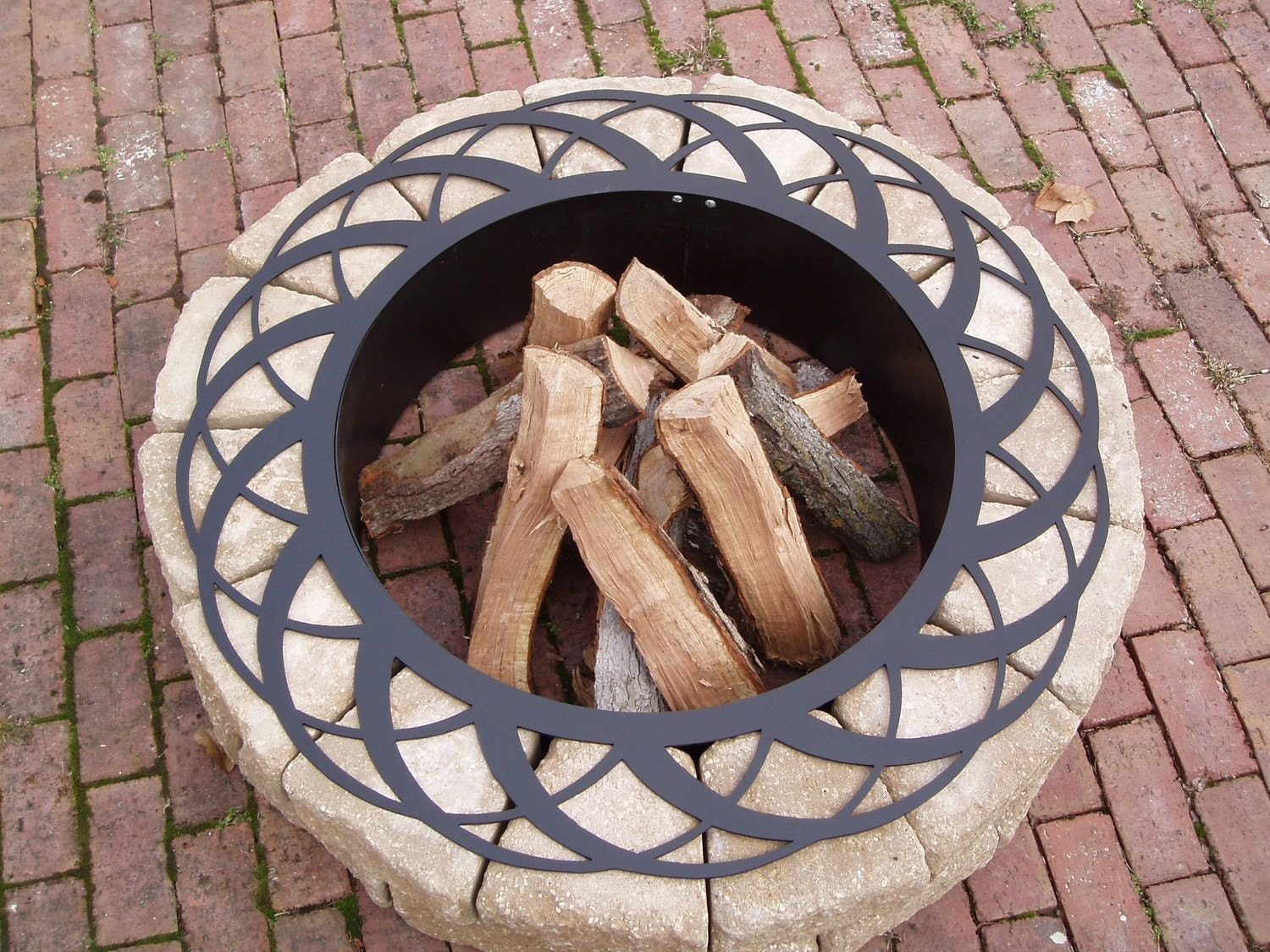 Fire Pit / Basket Fire Ring