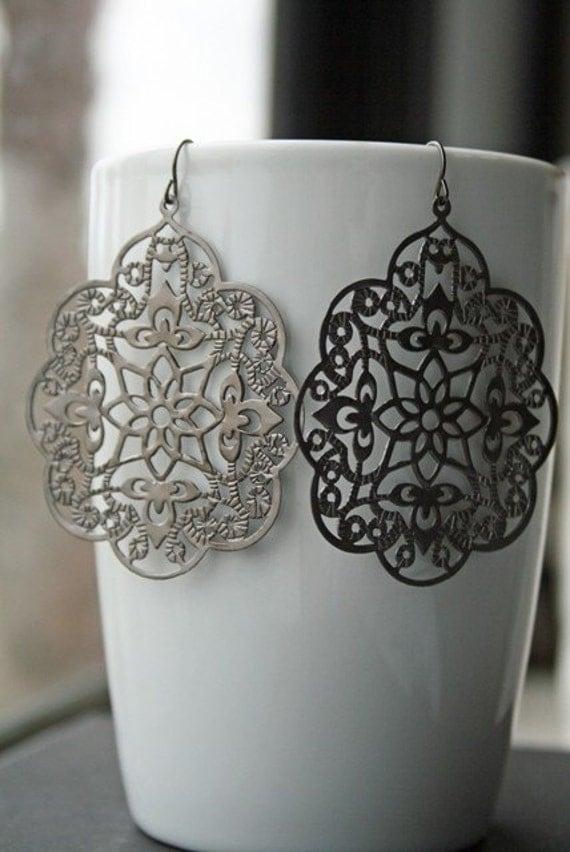 Oxidized Silver Filigree Earrings