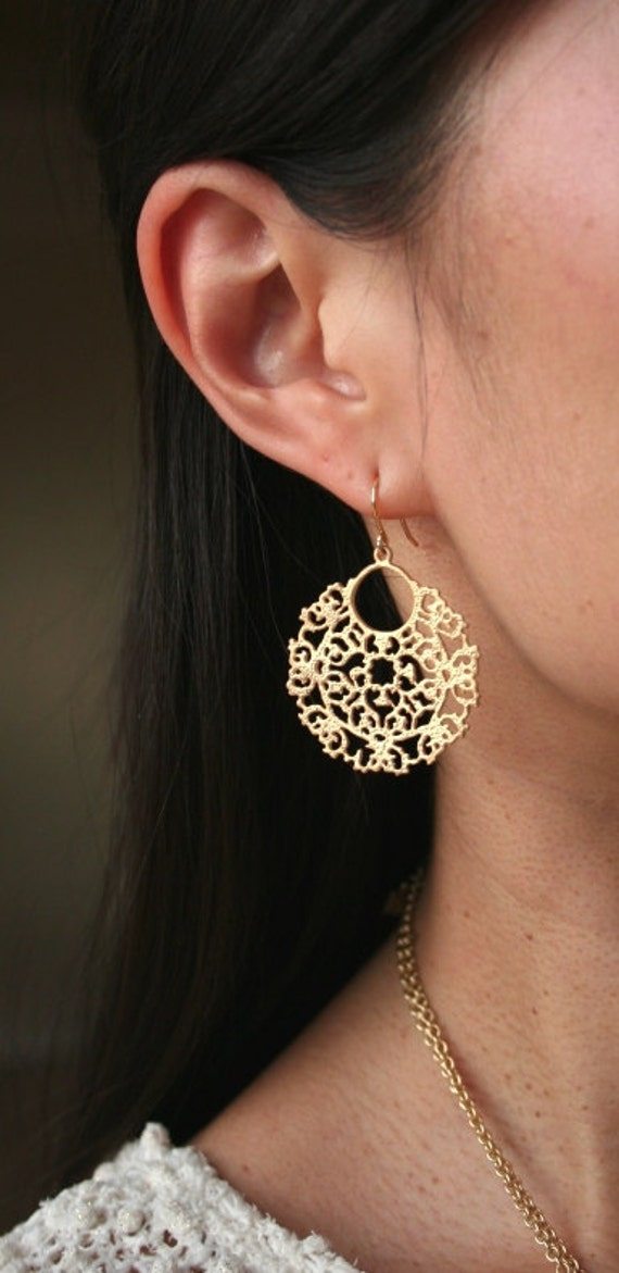 Gold Dangle Earrings. Circle Earrings. Large Earrings.Long Earrings. Simple Earrings. Everyday. Statement Earrings.Round Earrings.Minimalist
