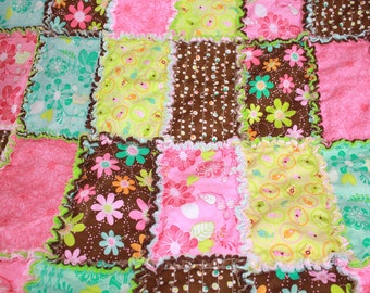 READY TO SHIP - Girly Rag Quilt **On Sale**