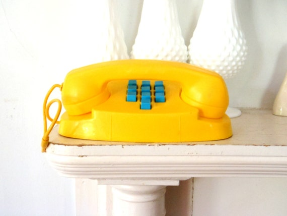 Toy Telephone Vintage 1970s Musical Toy