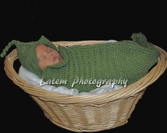 sweet pea cocoon, crochet pattern, pea pod photo prop, crocheted baby cocoon, newborn cocoon, handmade, photo prop,