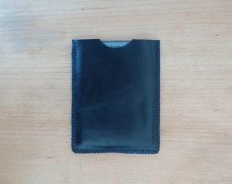 Kindle sleeve case - black leather - hand stitched