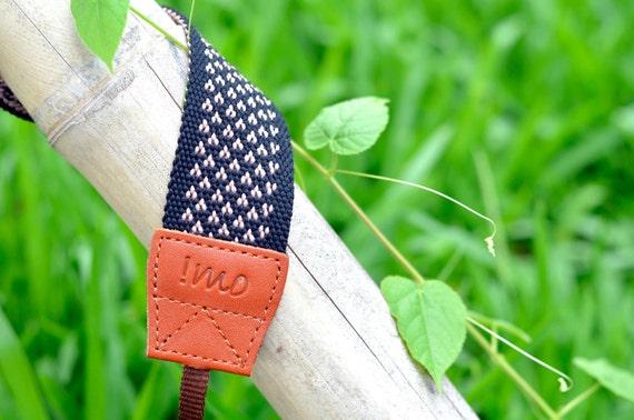 Little heart camera strap (pink)