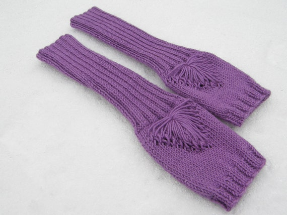 Knit fingerless gloves-knit wrist warmers-knit hand warmers-knit arm warmers-gauntlets-purple gloves-radiant orchid