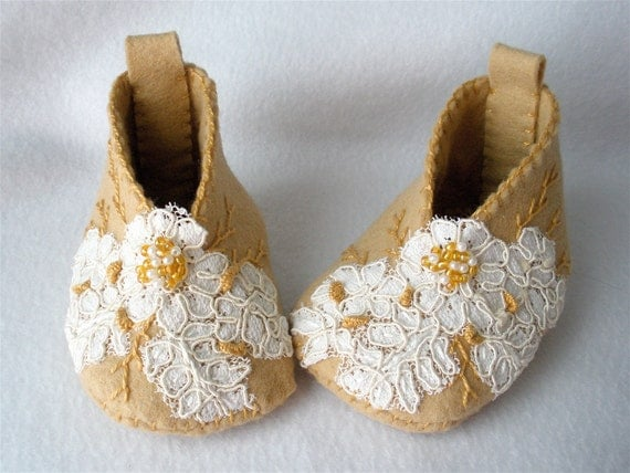 Lace Baby Booties Felt Embroidered Cafe Au Lait