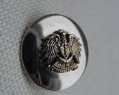 Eagle Buttons - 5 Gorgeous Vintage Plastic Buttons-