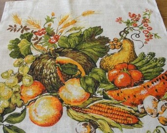 Vintage Linen 1983 Calendar