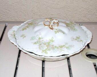 Antique HAVILAND LIMOGES BRETAGNE Hand Painted  Lidded Serving Bowl.