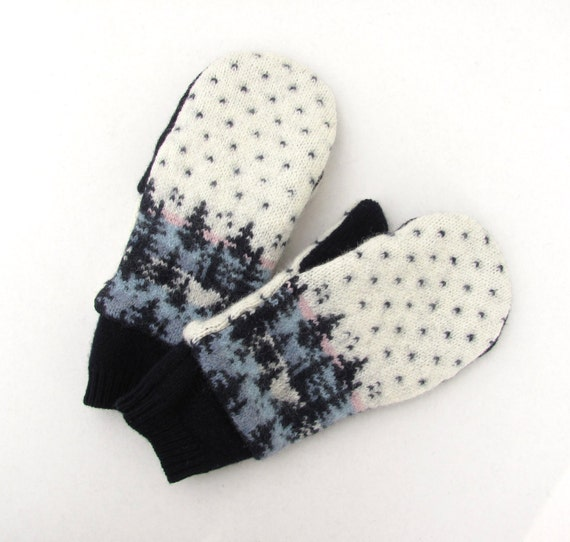 Felted Wool Mittens from Recycled Sweaters Fleece Lined Navy and Cream Fair Isle