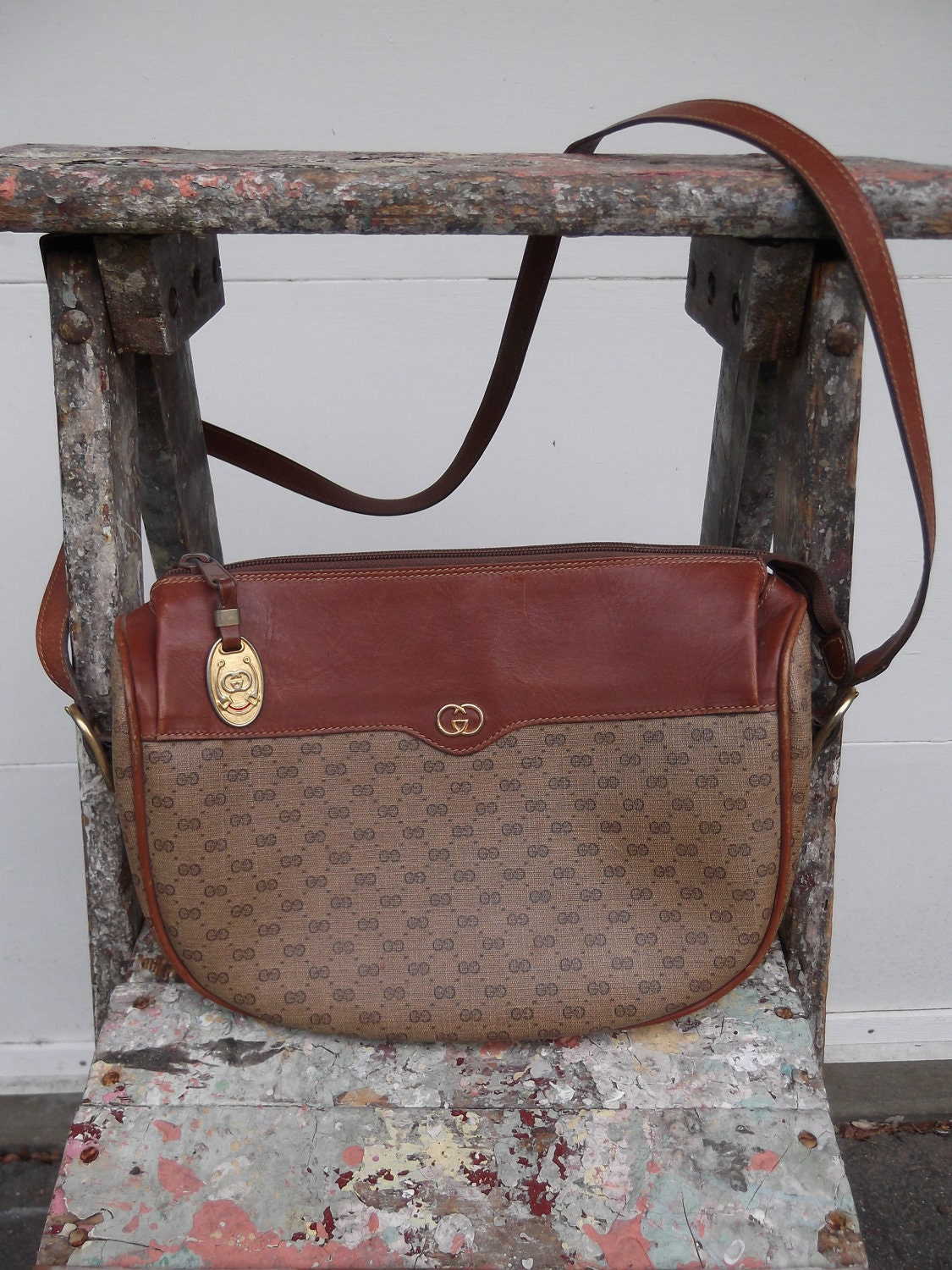 54a6d9289e Gucci Handbags Brown Leather. Olivia Wilde With A Casual Gucci ...