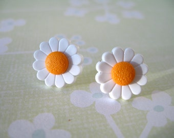 Flower Earring, Pairs Earrings, Button Earrings White Orange Flower, Button Jewelry - 13mm