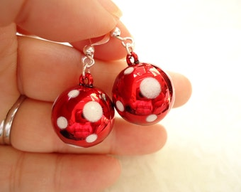 Red White Dot Chrismas Beads Earrings