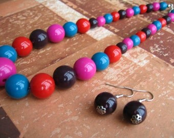 SUMMER SALE - Pink Blue Red Black Beads Necklace & Earnings, Bead Necklace, Beaded Earrings, Beaded