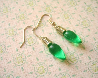 Green Earring, Green Light Bulb, Light Buld Earrings, Green Jewelry, Bulb Jewelry, Buld Earrings