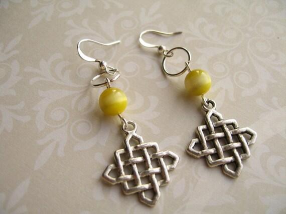 Yellow Cat Eye Earrings, Cat Eye Jewelry, Cat Eye Earrings, Yellow Earrings, Yellow Jewelry
