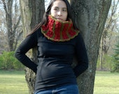 Knit Infinity Scarf, Red and Green, Chunky Cowl