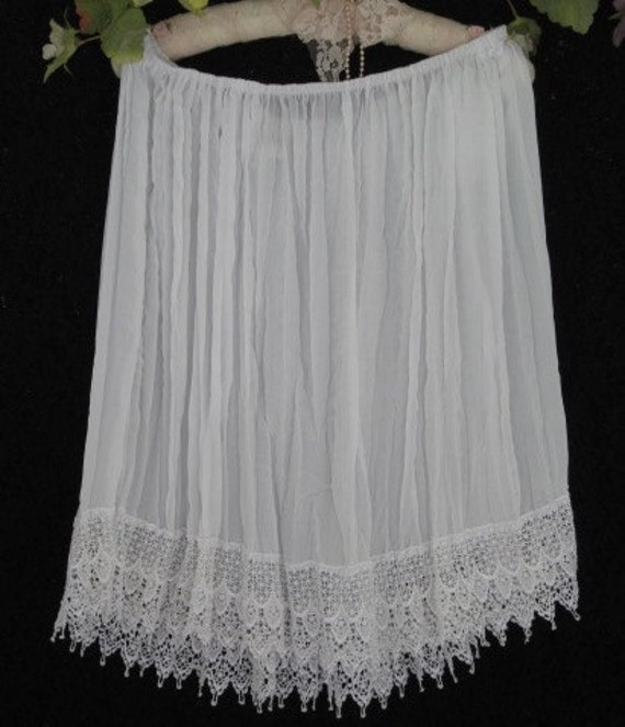 WHITE SLIP - Skirt - Victorian Romance Trimmed in Lace and Bows - SiZE MEDium - LARGE