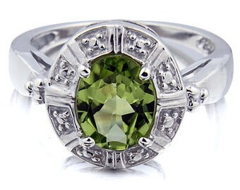 2 Carats Peridot  Solid 14K White Gold  Gemstone Ring