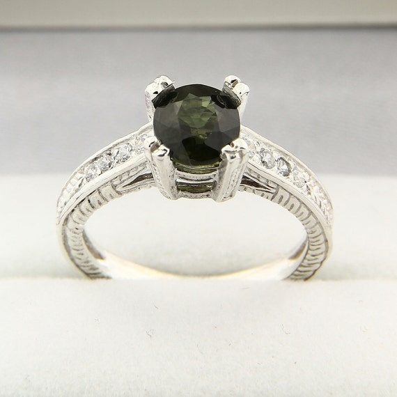 Natural Green Sapphire Solid 14K White Gold Antique  Diamond Ring