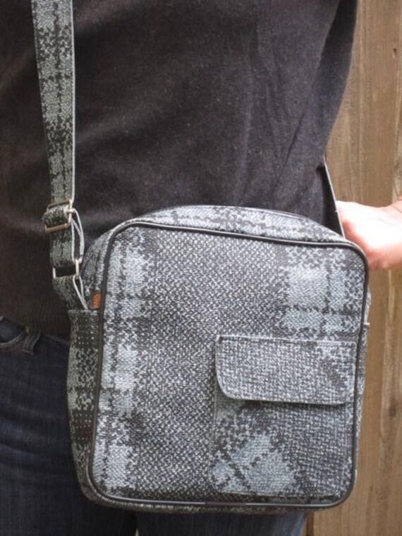 Vintage Limited Edition Paul Frank Messenger Bag Cross Body Purse Handbag