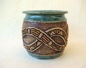 Small Hand Carved Celtic Weave  Planter - 1239
