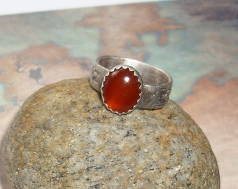 Renaissance Ring with Carnelian     R100