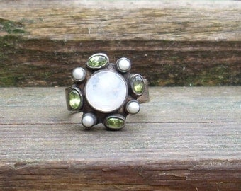 Moon Orbit Ring Pearls and Green Peridot