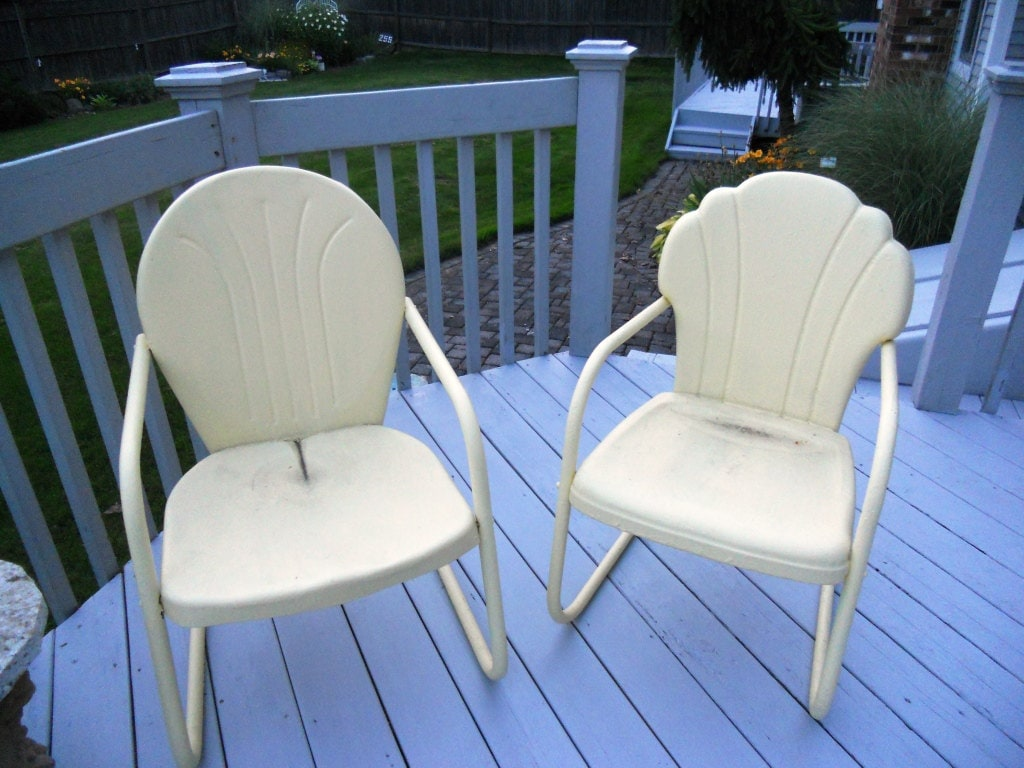 Vintage 1950 S Metal Patio Lawn Chairs