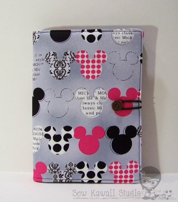 Kindle Fire Cover, Kindle Touch, Kindle 3, Nook, Nook Touch, Kobo Cover Padded Book-Style eReader Case: Mickey Mouse ANY eREADER