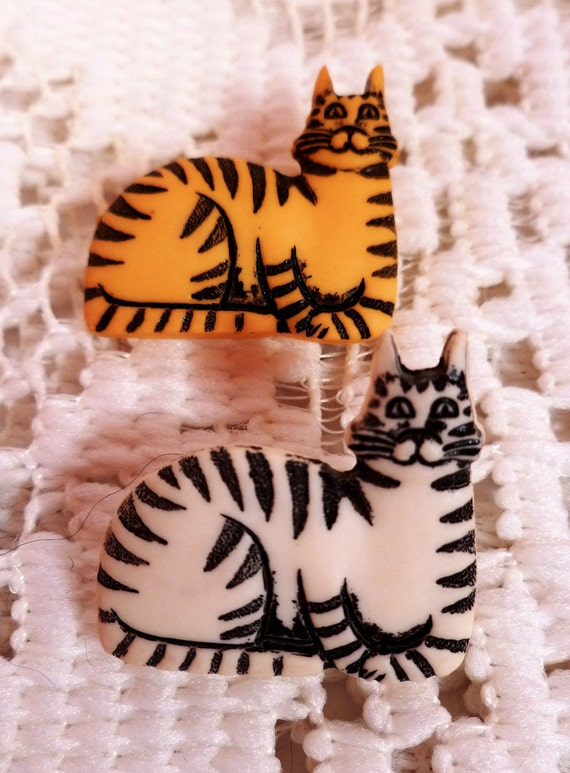Vintage Kitty and Mice Decorative Buttons