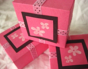 Aloha Gift Box. in Hot Pink, Black and White with Polka Dots and Hawaiian Flowers. Hand-folded Keepsake. for Giving... with Love