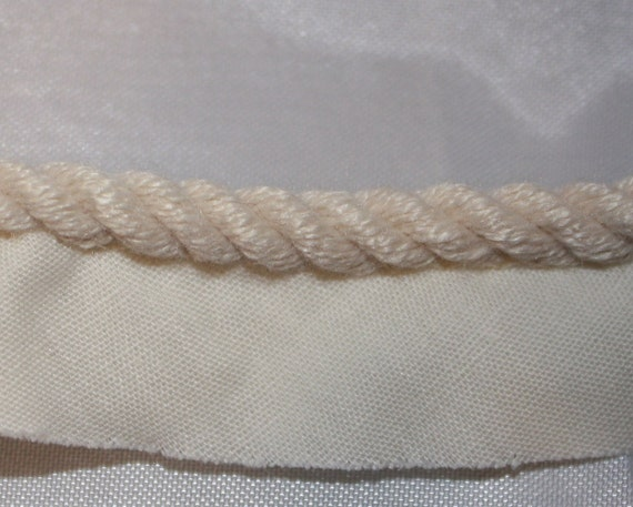 Beige Twisted Cord with Edge - 7 yards
