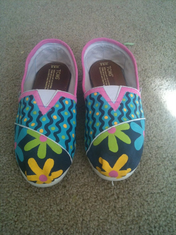 CUSTOM Hand-painted TOMS shoes