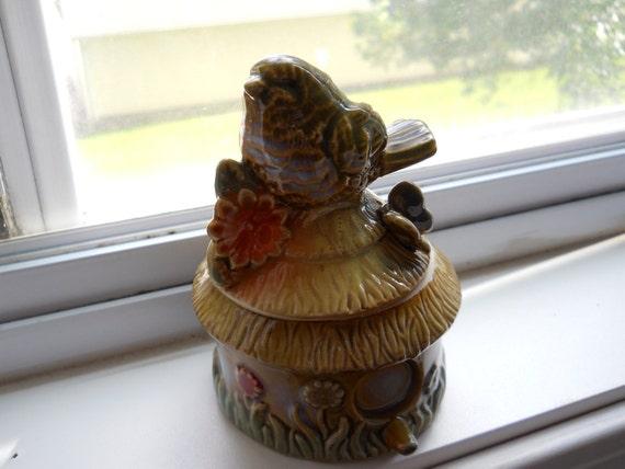 Dainty Bird Jar