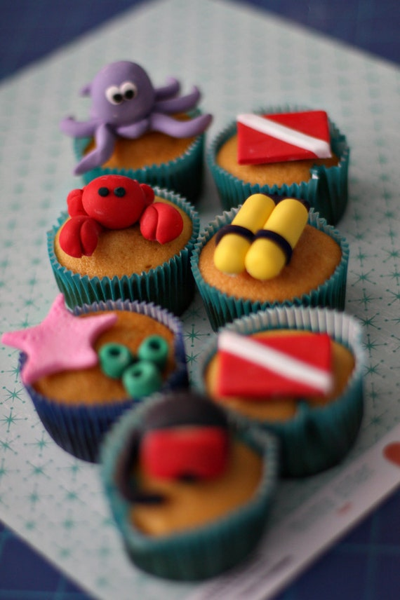 Scuba Under the Sea Creatures Fondant Cake or Cupcake Decorations for A Special Scuba Lover