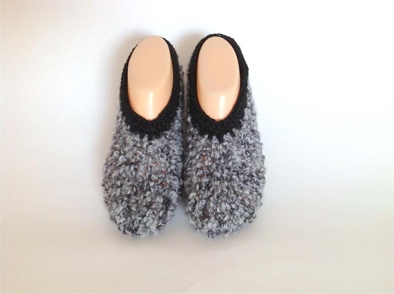 Fashion- SLIPPERS - hand knitting Clothing  Accessory