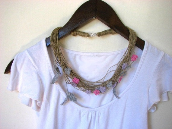 Pink-Silver Romantic Field - linen necklace