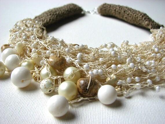 Spring Drops of Dew - Big linen  Necklace