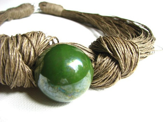 Great Olive - linen necklace
